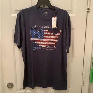 Men's IZOD Large t-shirt